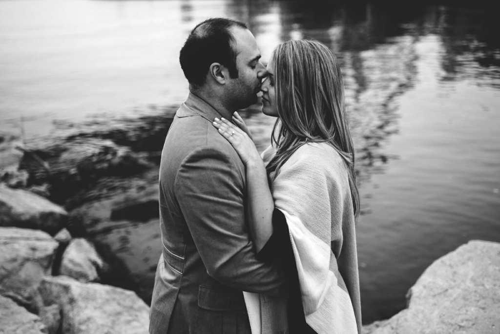 romantic engagement photography toronto