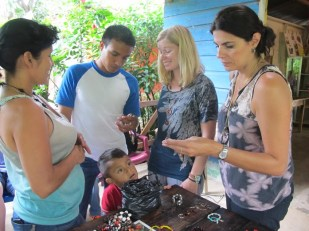 Hanging out at Mujeres del Plomo jewelry workshop!