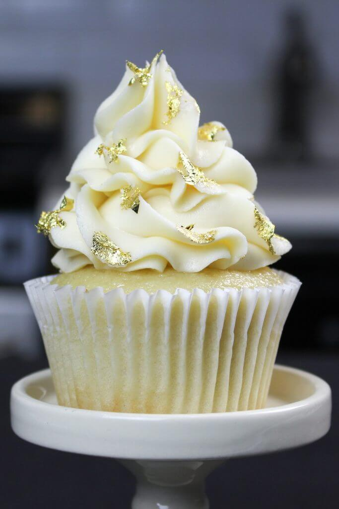 Moist Vanilla Cupcake Recipe With Oil Comes Together In