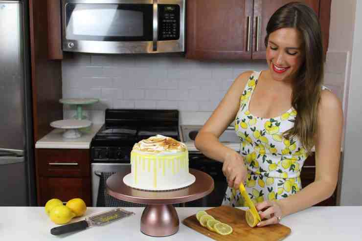 me with lemon cake