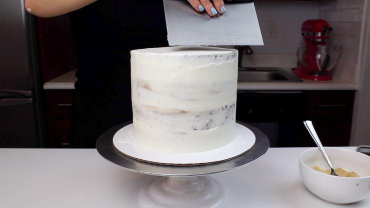 smores cake crumb coat