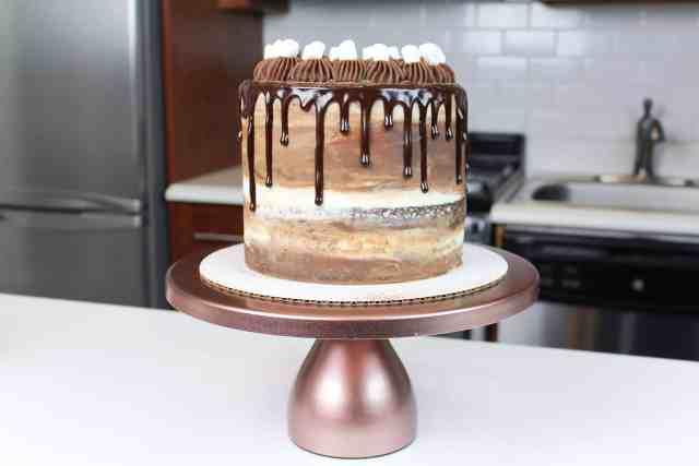 hot cocoa cake uncut-2