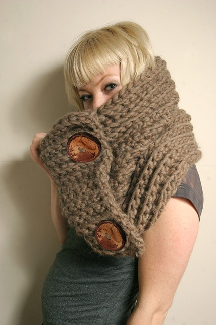 *chunky-n-cozy* cowl neckwarmwer by creative duo Spratters and Jayne