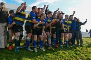 Cheltenham-Saracens-celebrate