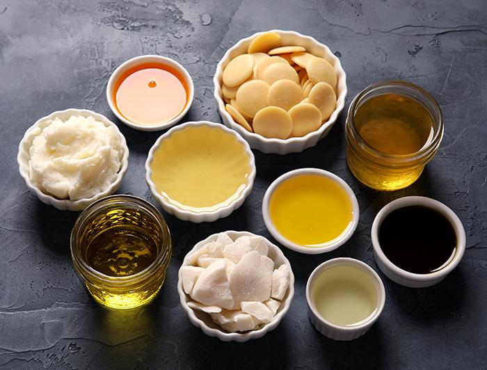 خصائص الزيوت الطبيعية المستخدمة في صناعة الصابون الصلب