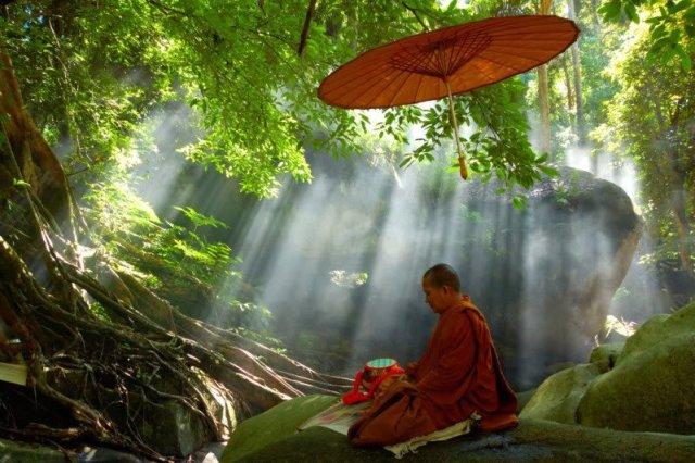 meditation-moine