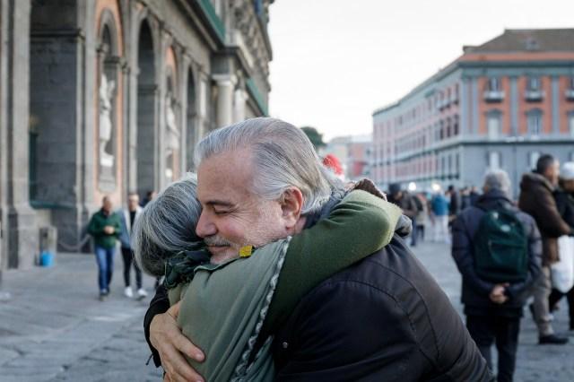 Les vertus d'un gros hug (câlin) 1