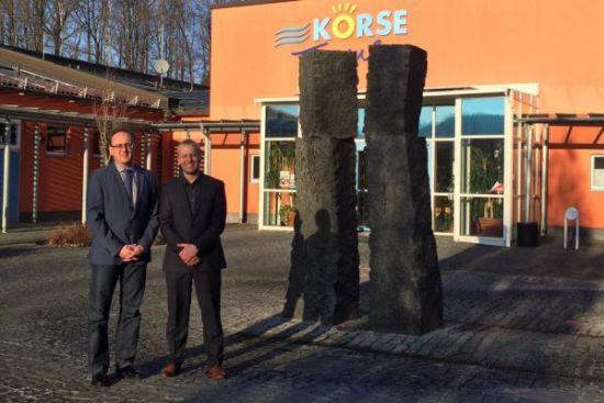 2015-12-8-mit Bruno Bucher vor der Koerse Thema in Kirschau