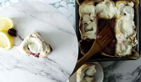 blackberry lemon sweet rolls