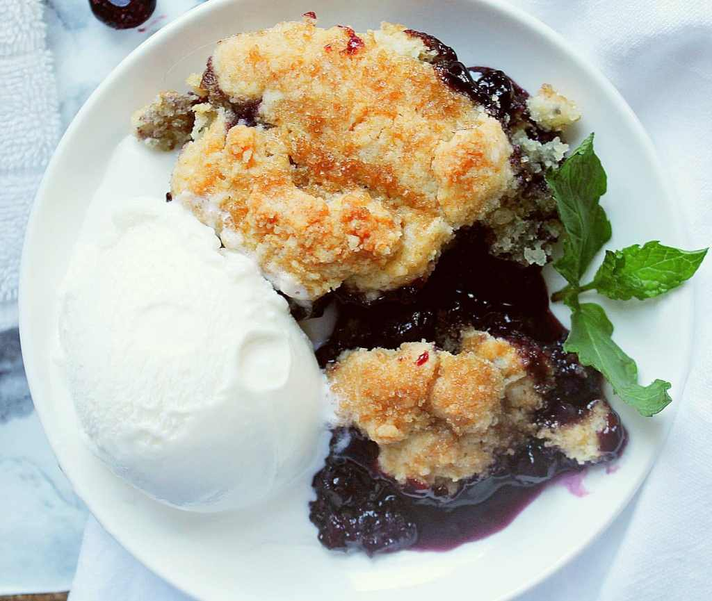 skillet blueberry cobbler
