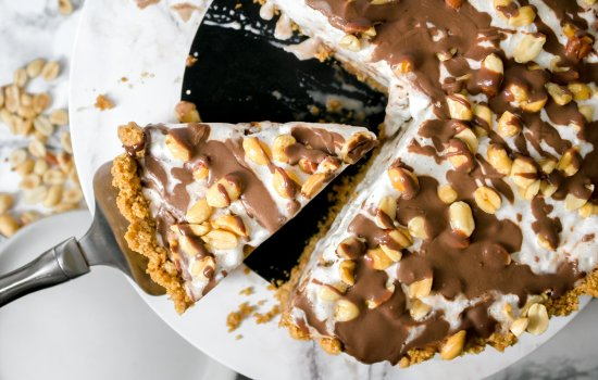 Peanut Buster Parfait Ice Cream Pie