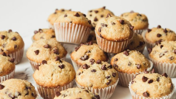 Simple Homemade Orange and Chocolate Chip Mini Muffins Recipe | Chenée Today