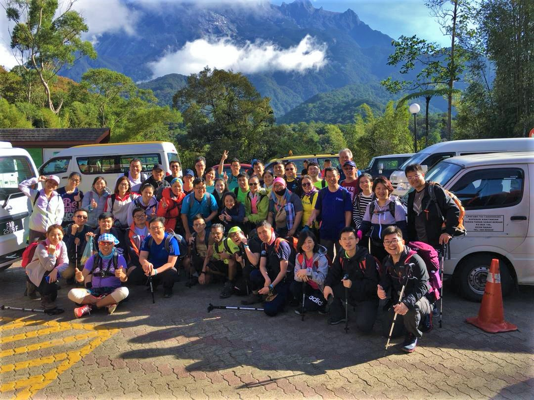 Briefing and Group Photo Before depart from KK park
