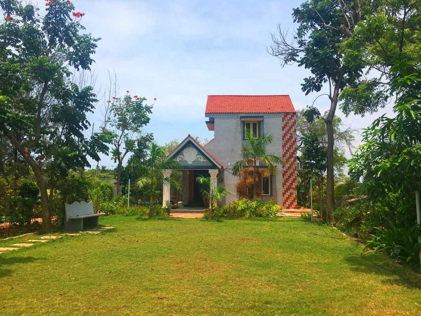 Best Beach Houses In ECR For Family Stays Call Us At