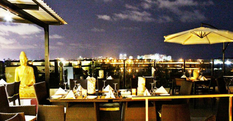 Azzuri Bay - romantic restaurant in chennai