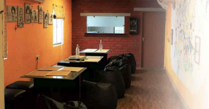 The 90's Cafe -Best Theme Restaurants in Chennai