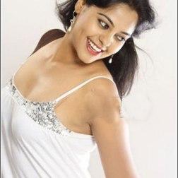 Tamil Actrss Bindu Madhavi Photos by Chennaivision34