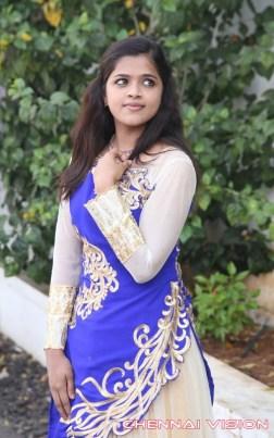 Manidan Tamil Movie Poojai Photos by Chennaivision