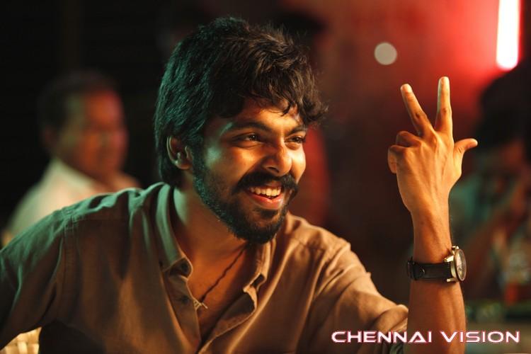 Enakku Innoru Per Irukku Tamil Movie Photos
