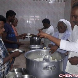 Actor Vishal Provide Food for Mercy Home Photos