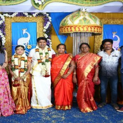 Director Nalan Kumarasamy - Saranya Marriage Photos