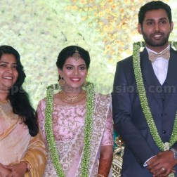 AadhavWedsVinodhnie Reception Images