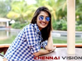 Actress Vani Bhojan Photos