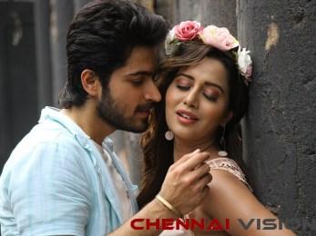 Pyaar Prema Kaadhal Tamil Movie Photos