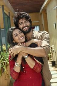 Arjun Reddy Tamil Movie photos 8
