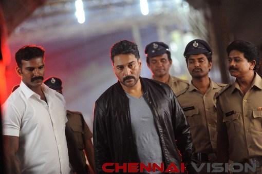 Seven Tamil Movie Photos 13
