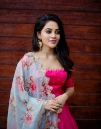 Latest photoshoot pictures of Actress BhavaniSre
