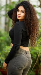 """""""Live Telecast"""" Series Fame Actress #Shubaa Grabs Our Attention In Her Stylish Looks. Check Out The Latest Photoshoot Stills"""
