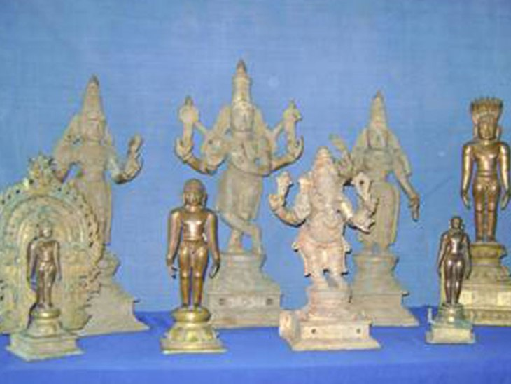 25 more idols unearthed from Deenadayalan's place