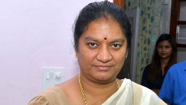 SC asks Sasikala Pushpa to join probe, orders protection to MP