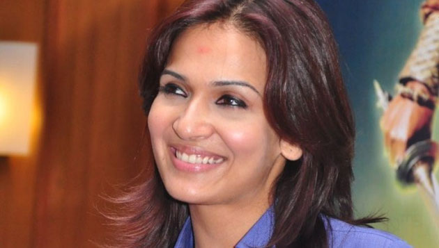 Soundarya Rajini teams up with Thanu