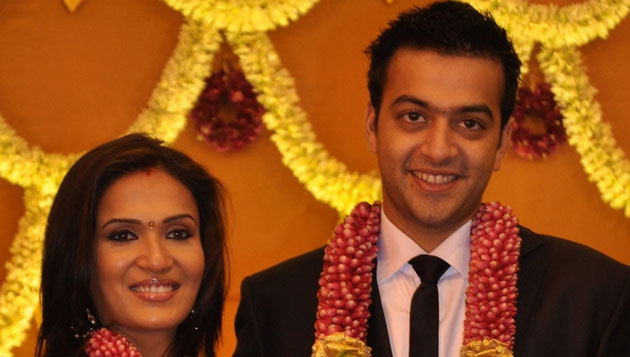 Soundarya Rajinikanth confirms divorce