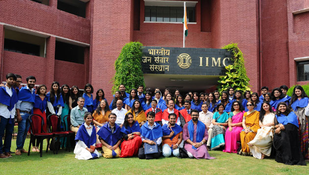 Venkaiah Naidu confers diplomas to IIMC students
