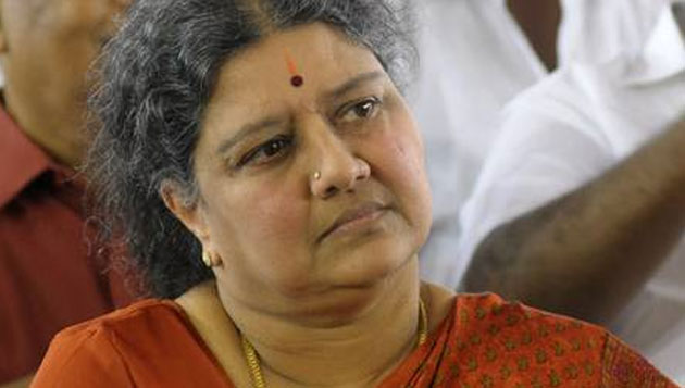 Sasikala to garland MGR statue on Jan 17