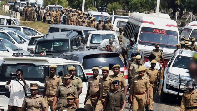 High drama at Koovathur, as police enter resort