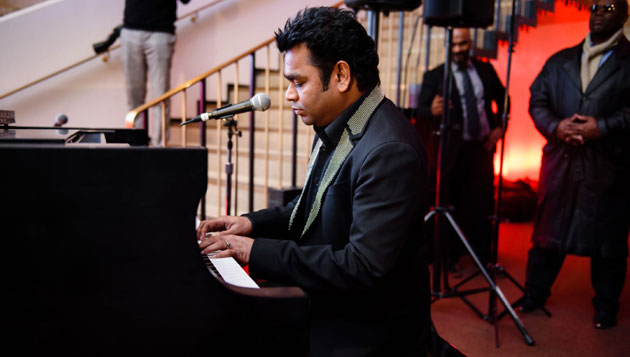 Rahman's Valentines Day gift for fans