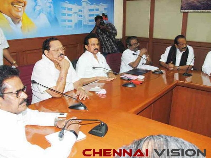 Crucial discussion on Mekedatu issue at DMK all-party meet