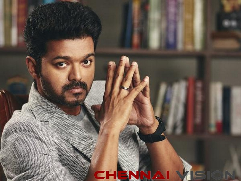 Posters hail Vijay as next CM, Sarkar tickets sold for exorbitant prices