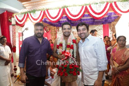 actor-sathish-wedding-photo-1