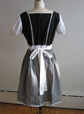McCall's 6187 dress back