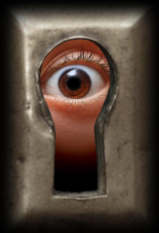 eye in keyhole