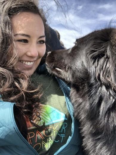flashpacker-connect-peru-rainbow-mountain-dog-selfie