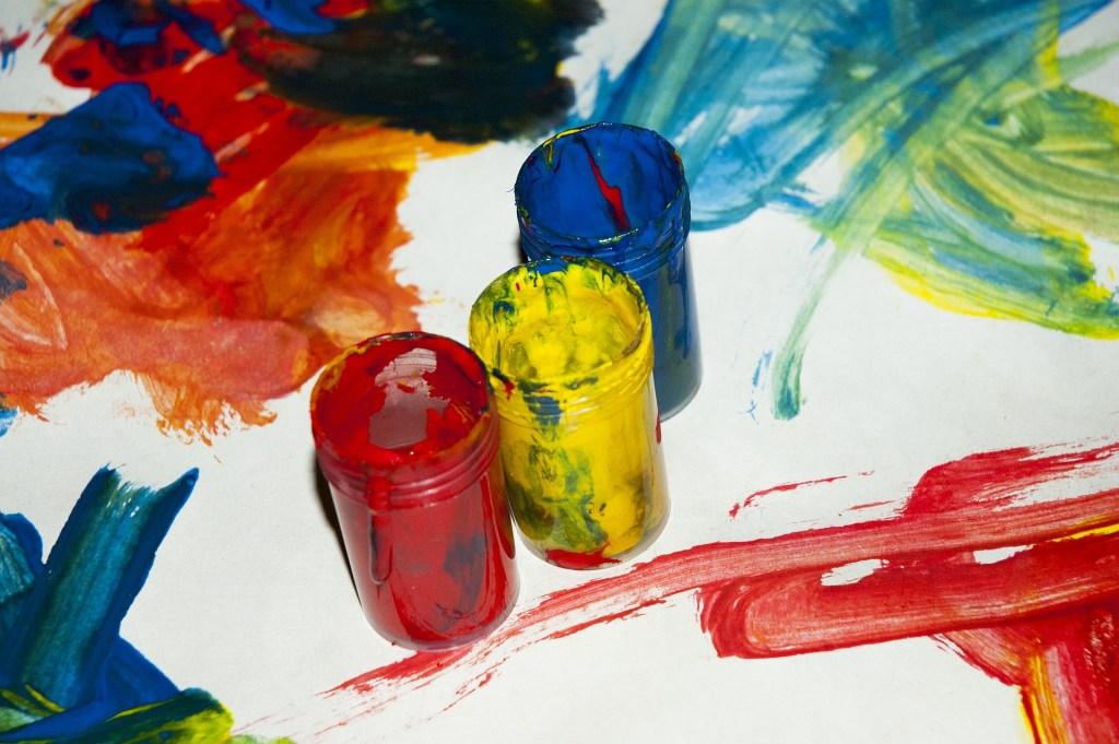 ציור בצבעי גואש