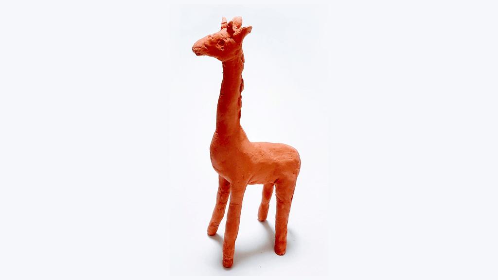 Escultura de jirafa