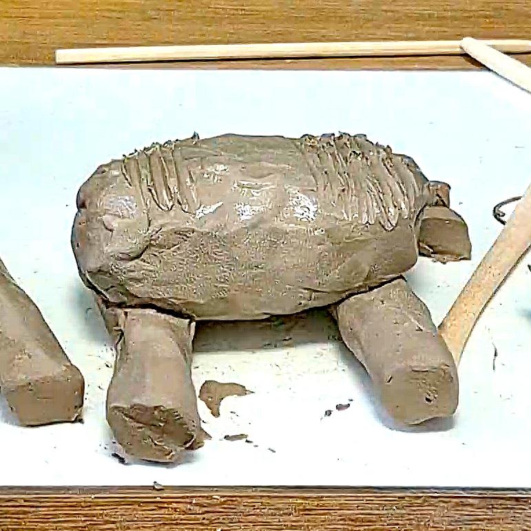 פיל מחמר קרמי טבעי