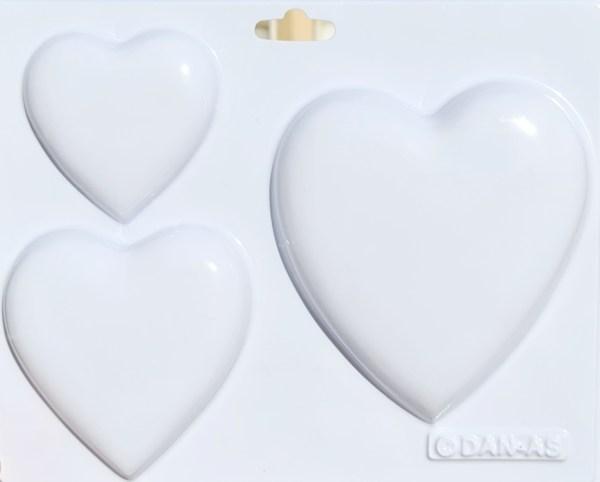 תבנית גבס לבבות